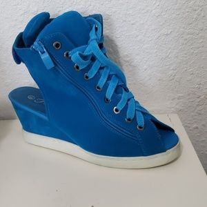 Wedge heels sneakers lace up blue